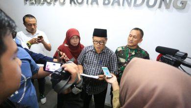 Wali Kota Bandung, Oded M Danial mengeluarkan sejumlah keputusan terkait penyebaran wabah Virus Corona atau Corona Virus Disease 19 (Covid-19)