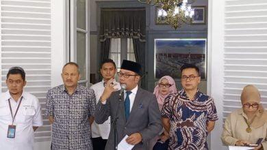 Pemerintah Daerah Provinsi (Pemdaprov) Jawa Barat mengeluarkan maklumat untuk tidak mudik dan tidak piknik kepada seluruh warga Jawa Barat