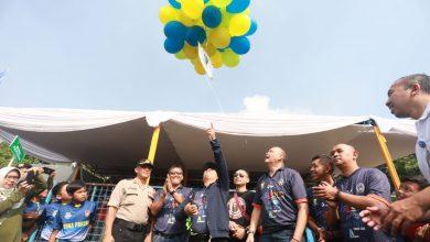Turnamen sepak bola Wali Kota Cup usia 10 tahun dan 12 tahun di GOR Lodaya, Sabtu (14/3/2020) resmi dibuka. Sebanyak 32 tim akan berlaga memperebutkan dua ekor domba sebagai hadiah utama.