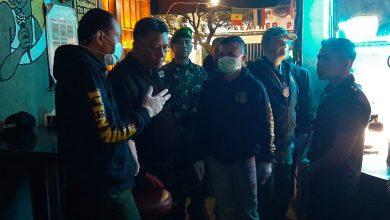 Satuan Polisi Pamong Praja (Satpol PP) Kota Bandung bersama aparat Bantuan Kendali Operasional (BKO) TNI dan Polri mendatangi sejumlah tempat hiburan