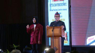 Wali Kota Bandung, Oded M. Danial meminta National Paralympic Committee Indonesia (NPCI) Kota Bandung meningkatkan prestasi atlet binaannya.