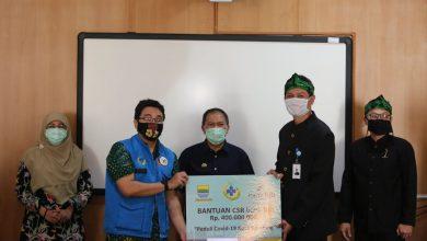 Forum Bandung Sehat (FBS) mendapatkan bantuan uang tunai sebesar Rp400 juta dari bank BJB