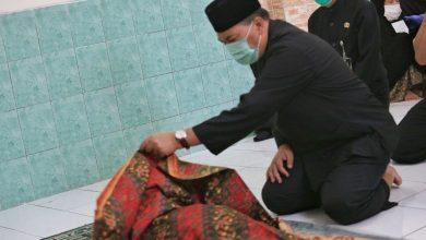 Wali Kota Bandung, Oded M. Danial berduka. Hal itu setelah Bagas (6) warga Gg. Ciseureuh RT 03 RW 03 Kelurahan Karsak Kecamatan Astanaanyar hanyut dan meninggal dunia