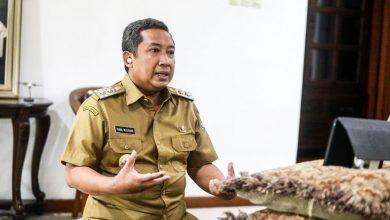 Wakil Walikota BandungYana Mulyana meminta tidak ada lagi orang-orang yang memandang negatif penderita Covid-19.,