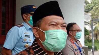 Wali Kota Bandung, Oded M. Danial menyayangkan masih ada sejumlah masjid yang menggelar salat berjemaah termasuk Salat Tarawih pada Ramadan 1441 Hijriah ini