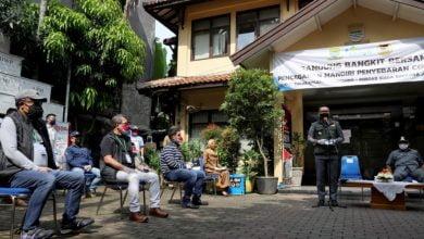 GUBERNUR Jawa Barat, M. Ridwan ketika meresmikan gerakan Bandung Bangkit Bersama di Kantor Kecamatan Cicendo, Kota Bandung,