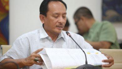 Kepala Dinas Perhubungan (Dishub) Kota Bandung, E.M. Ricky Gustiadi memastikan, angkutan umum masih bisa beroperasi selama pelaksanaan Pembatasan Sosial Berskala Besar (PSBB)