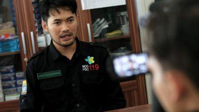 Perawat UPT Pusat Pelayanan Keselamatan Terpadu (P2TK) Kota Bandung, Tri Setyo Wibowo hanya meminta agar warga Kota Bandung tetap di rumah.
