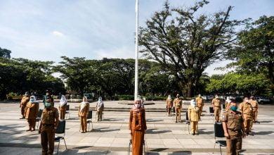 Wakil Wali Kota Bandung, Yana Mulyana melantik 24 pejabat fungsional di Plaza Balai Kota Bandung