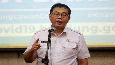Kepala Dinas Sosial dan Penanggulangan Kemiskinan (Dinsosnangkis) Kota Bandung Tono Rusdiantono
