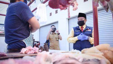 Monitoring Wakil Gubernur Jawa Barat (Jabar) Uu Ruzhanul Ulum di pasar traisional Kab. Sukabumi