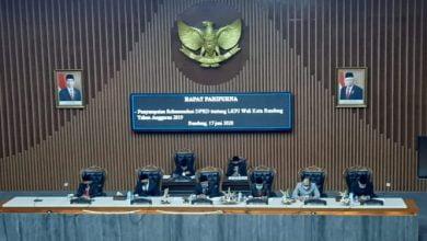 Rapat Paripurna DPRD Kota Bandung terhadap LKPJ Walikota Bandung TA 2019, Rabu (17/06/2020).