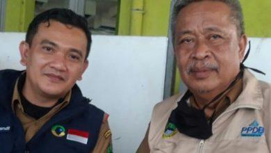 Kang Dedi Supandi (Kadisdik Jabar) bersama Juli Wahyu Pari Dunda (Ketua MKPS SMA JABAR).