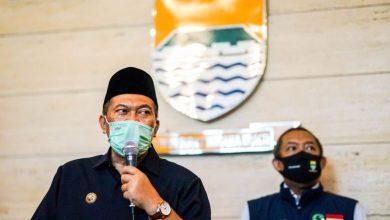 Wali Kota Bandung, Oded M. Danial saat konferensi pers di Balai Kota Bandung