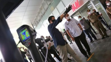 Ketua Harian Gugus Tugas Percepatan Penanganan Covid-19 Kota Bandung, Ema Sumarna menegaskan, sebagai upaya menekan penyebaran virus corona, perlunya komitmen dari setiap pengelola mal untuk mengontrol pergerakan sampai jumlah pengunjung.