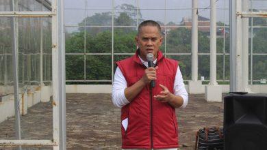 Kepala Dinas Pangan dan Pertanian (Dispangtan) Kota Bandung, Gin Gin Ginanjar menjadi peserta terbaik pada Pendidikan dan Pelatihan Kepemimpinan (Diklatpim) II Angkatan V Tahun 2020.